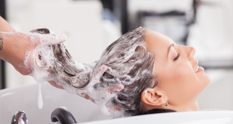 """Le rôle de """"l'huile de silicone"""" dans le shampooing"""